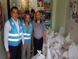 Çınar Müftülüğü 300 aileye kurban eti dağıttı
