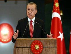 Erdoğan, MİT Müsteşarı  ve Genelkurmay Başkanı ile görüştü