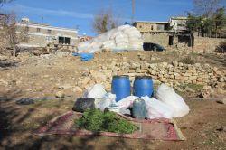 Diyarbakır'da bir ton 200 kilo esrar ele geçirildi
