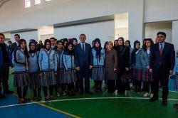 Van Valisi İbrahim Taşyapan, Gevaş'ta eğitim kurumlarını ziyaret etti