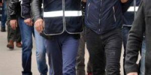 Silvan'da 12 polis gözaltına alındı