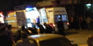 Iğdır'da kontrolden çıkan otomobil işyerine girdi: 4 yaralı