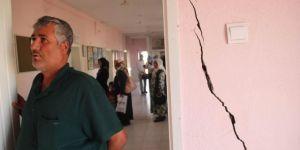 Binlerce kişiye hizmet veren sağlık merkezi yıkılmak üzere