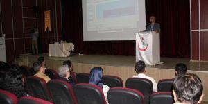 Diyarbakır'da sağlık çalışanlarına tıp hukuku konferansı verildi