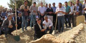 PKK'nin katlettiği AK Partili başkan defnedildi