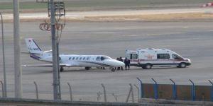 Yangında ağır yaralanan anne ambulans uçakla İstanbul'a sevk edildi