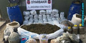 Lice'nin Çavundur köyünde toprağa gömülü 300 kilo uyuşturucu ele geçirildi