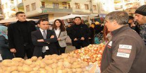 Kayapınar Belediye Başkanı Kılıç'tan pazar ziyareti