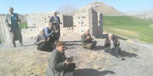 Adıyaman Kahta'da çiftçiler yağmur duasına çıktı