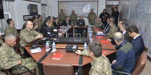 İçişleri Bakanı Soylu Lice'de incelemelerde bulundu