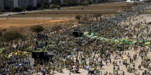 Brezilya'da yolsuzluk protestoları