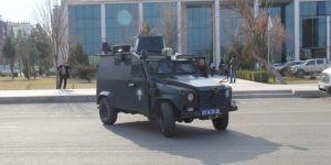 Diyarbakır Bağlar Belediyesine baskın