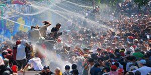 Myanmar'da su festivalinde 258 kişi öldü