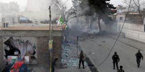 Attack on military base in Afghanistan: 140 dead