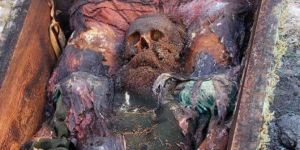 İnşaat kazısında bulunan cesedin Rus generale ait olduğu ileri sürüldü