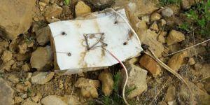 Bingöl Yayladere'de PKK tarafından tuzaklanan basma düzenekli patlayıcı imha edildi foto