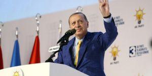 Cumhurbaşkanı Erdoğan yeniden AK Parti'nin Genel Başkanı oldu