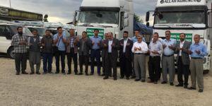 Diyarbakır Ergani'den Suriye'ye 2 TIR insani yardım
