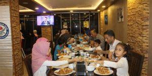Eğitim-Bir-Sen Bismil temsilciliğinden iftar yemeği