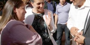 DBP'li Bağlar Belediye başkanı Birsen Kaya Akat partisinden ihraç edildi