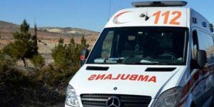 Gaziantep Nurdağı'nda yolcu minibüsü ile otomobil çarpıştı: 8 yaralı