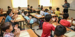 Gaziantep'te Kur'an kursu öğrencileri 15 Temmuz şehitleri için hatim indirdi