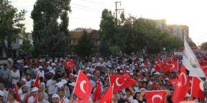 Diyarbakır'da 15 Temmuz yürüyüşü