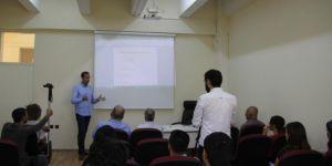 Dicle Üniversitesinde 15 Temmuz'un Ardından Hukuki ve Siyasi Gelişmeler semineri