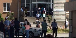 Diyarbakır Ergani Devlet Hastanesi girişinde kaza: 1 ölü