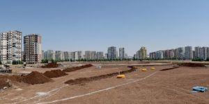 Büyükşehir Belediyesi Diyarbakır'da Kent Meydanı inşa ediyor