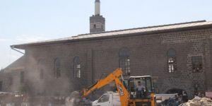 Diyarbakır Ulu Camii'ye çevre düzenlemesi