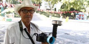 Foto Ahmet Bursa'da yarım asırdır hatıra fotoğrafı çekiyor
