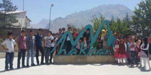 Hakkari Çukurca'da Kur'an kursu öğrencileri Gençlik Merkezini ziyaret etti