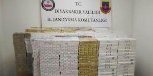 Diyarbakır'da kargo dağıtım deposunda 21 bin paket kaçak sigara ele geçirildi