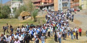 PKK saldırısında hayatını kaybeden işçiler toprağa verildi