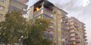 Diyarbakır Kayapınar'da apartmanda çıkan yangın paniğe neden oldu