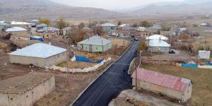 İran'a komşu mahalleler asfaltla buluştu