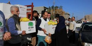 Hope Caravan distributes aid to hundreds of earthquake victims