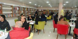 """Doğubayazıt'ta """"Medeniyet Mektebi Kitap Kafe"""" açıldı"""