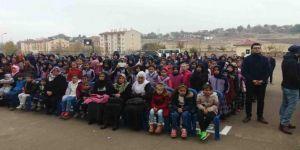 Çınar İmam Hatip Ortaokulu öğrencilerinden Mevlid-i Nebi etkinliği