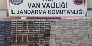 Van Muradiye'de 6 bin paket kaçak sigara ele geçirildi