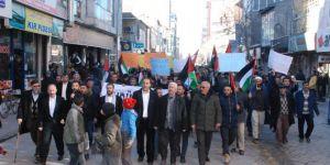 Doğubayazıtlılar ABD'nin Kudüs kararına karşı yürüdü