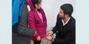 Kozluk'ta yetim ve muhtaç çocuklar giydirildi