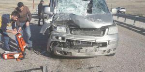Van Erciş'te trafik kazası: 2 yaralı