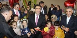 Diyarbakır'da 84 bin öğrenciye kitap dağıtıldı