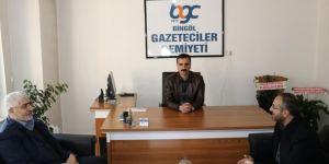 HÜDA PAR, AK Parti, BARO ve kreş öğrencilerinden gazetecilere ziyaret