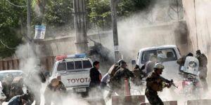 Kabil'de saldırı: 8'i gazeteci 32 kişi öldü