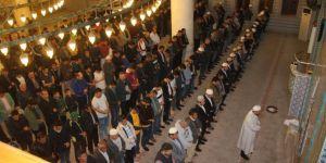 Midyat'ta Berat Kandili dualarla ihya edildi