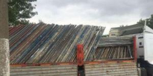 Drug trafficking in working scaffold