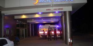 Motosikletli gençler kaza yaptı: 1 ölü 5 yaralı